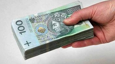 Świadczenia, pieniądze (zdjęcie ilustracyjne)