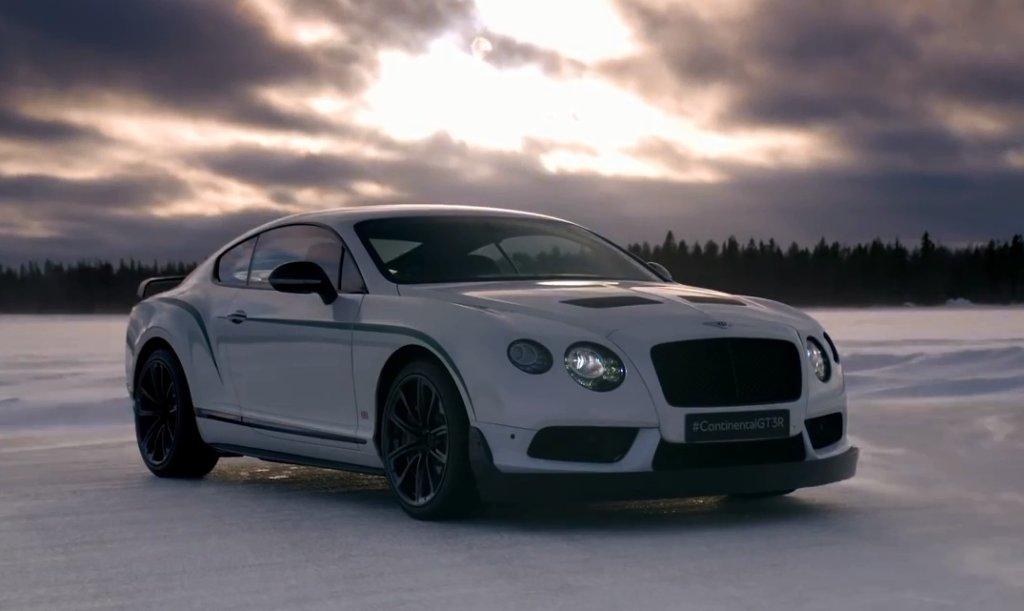 Driftujące Bentleye w Finlandii