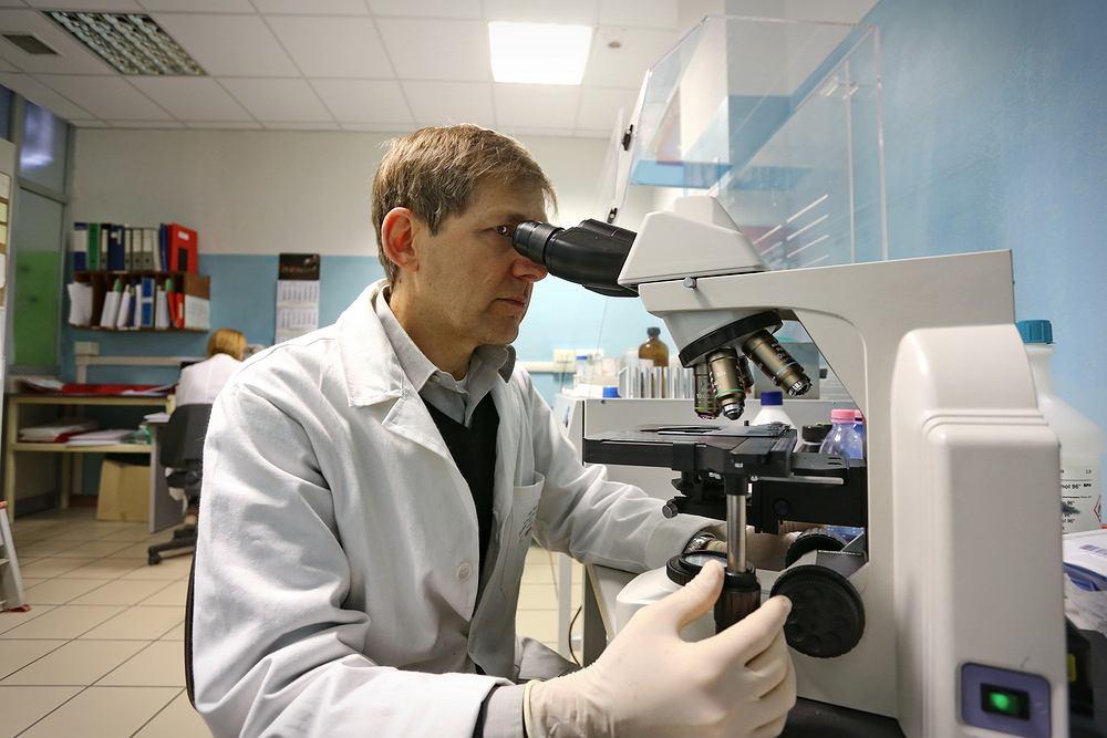 Naukowcy odkryli mechanizm, który hamuje raka i może być skutecznym lekiem w walce z nowotworami