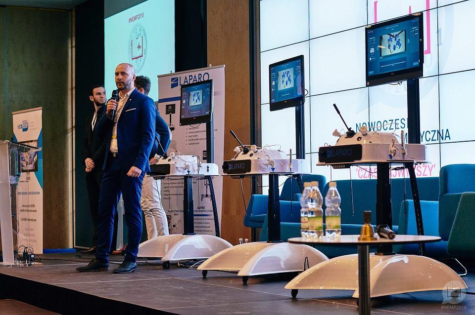 Laparo produkuje urządzenia do treningu chirurgii laparoskopowej