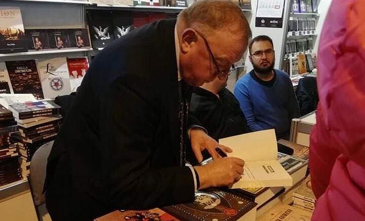 Stanisław Michalkiewicz na 28. Targach Książki Historycznej