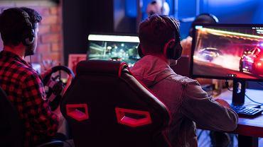 Fotel gamingowy - czy warto i na co zwrócić uwagę przy wyborze