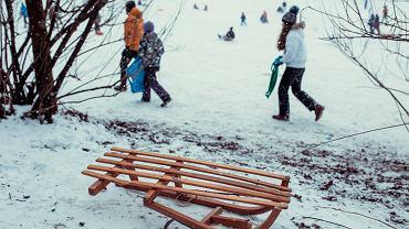 Nie żyje 12-letni chłopiec, który uderzył w ławkę w Parku Szczęśliwickim