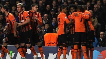 Szachtar Donieck cieszy się po wygranej z Chelsea