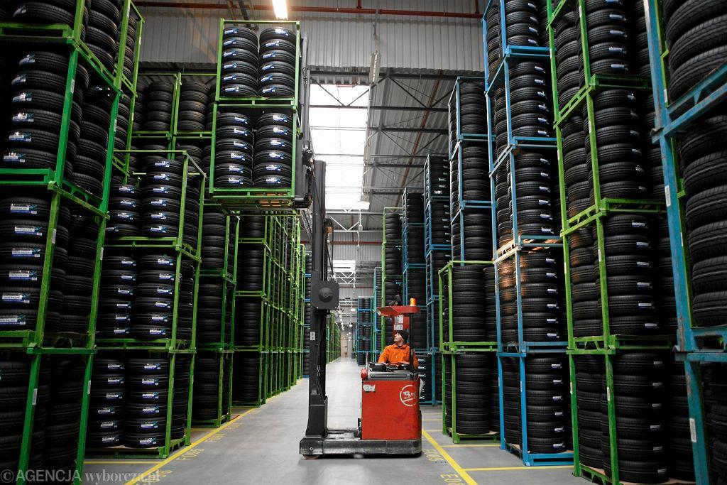 Magazyn opon w poznańskiej fabryce Bridgestone
