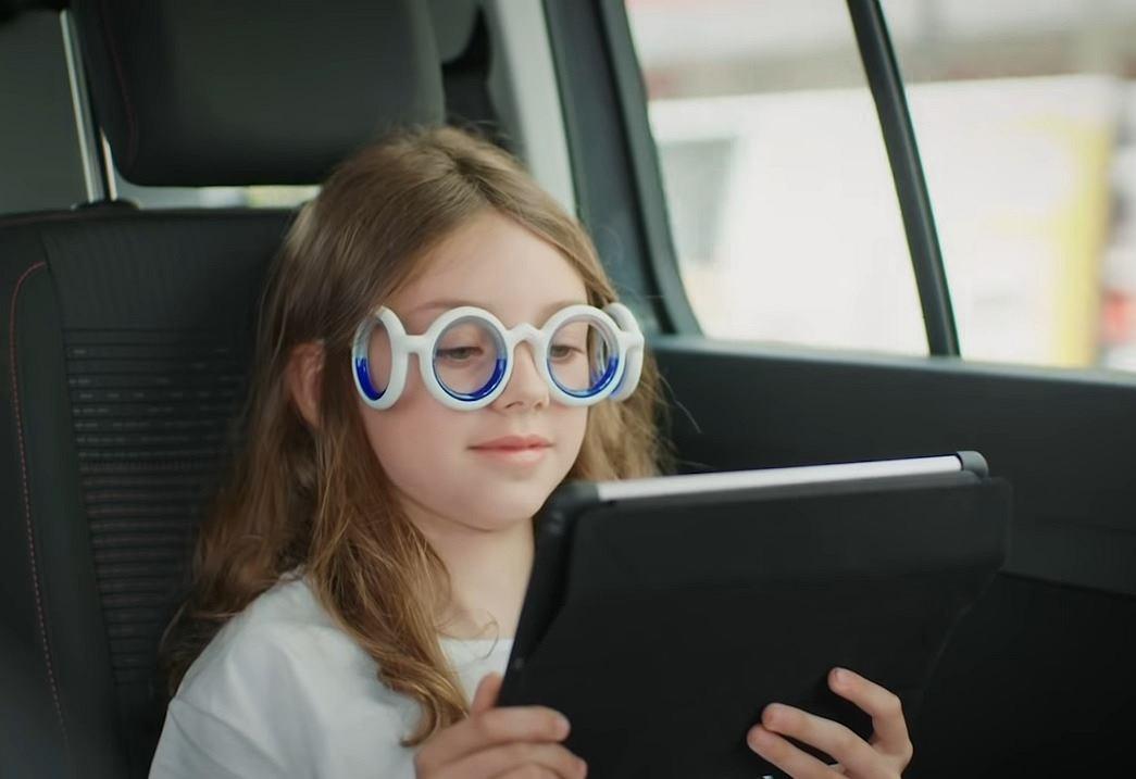 Co na chorobę lokomocyjną? Może okulary Seetroen od Citroena?