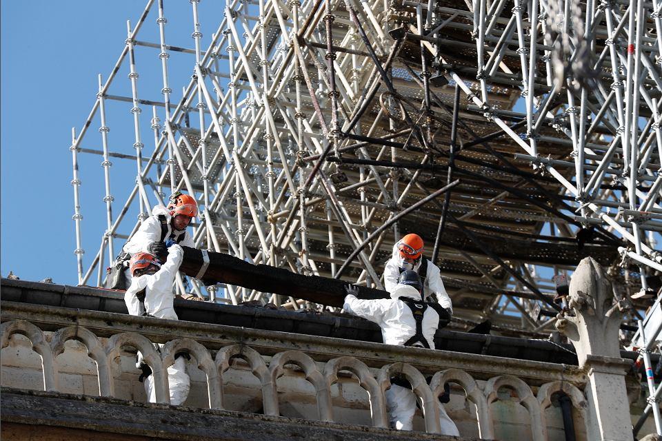 Wokół katedry Notre Dame wykryto zawyżone poziomy ołowiu. M