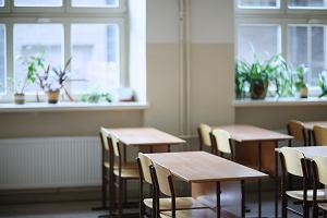 Uczniowie wrócą do szkoły po Wielkanocy? Szef KPRM: To są zbyt poważne sprawy, żeby sobie gdybać