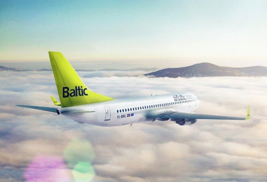 Samolot linii Air Baltic