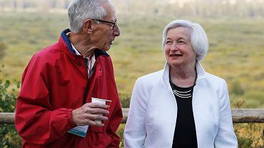 Szefowa Fed Janet Yellen i jej zastępca Stanley Fischer podczas spotkania bankierów w Jackson Hole w sierpniu 2016
