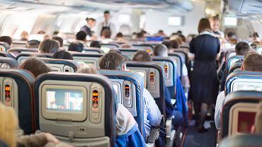 Blokowanie środkowych foteli jednak niepotrzebne? IATA wydała zalecenia