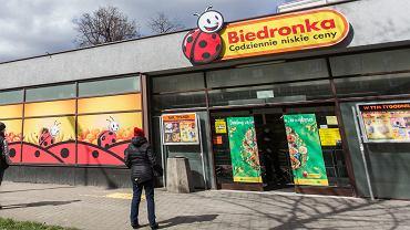 Biedronka wyprzedaje modną pościel za mniej niż 45 zł. 'Szybciej schnie i nie wymaga prasowania' (zdjęcie ilustracyjne)