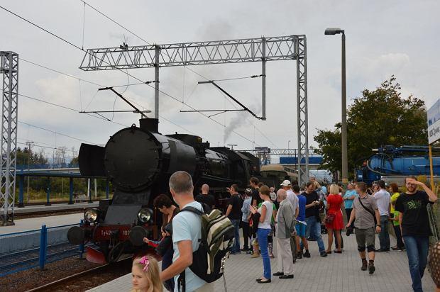 Zdjęcie numer 9 w galerii - Zabytkowy pociąg przyjechał do Żywca piękną trasą [ZDJĘCIA]