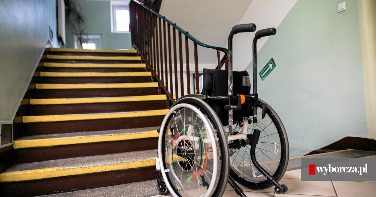 jak to jest umawiać się z kimś na wózku inwalidzkim człowiek uzależniony od serwisów randkowych