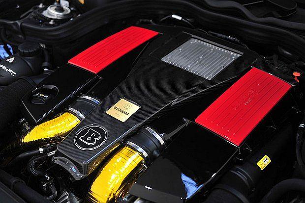 5,5 litrowy V8 będzie można wzmocnić do 730 KM i maksymalnego momentu obrotowego 1065 Nm