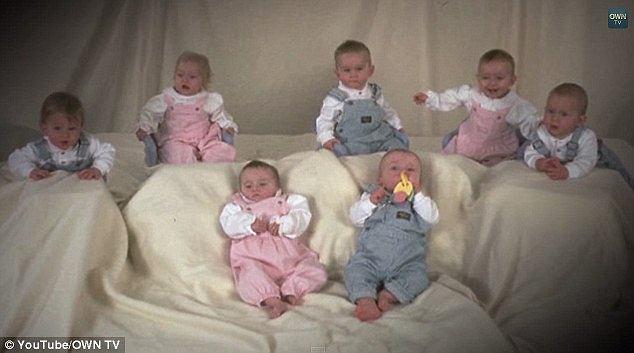 Pierwsze siedmioraczki na świecie w tym roku kończą 18 lat.