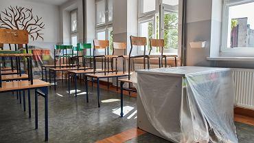 Podczas pandemii koronawirusa szkoły ponadpodstawowe mają pracować zdalnie - wyjątkiem są zajęcia praktyczne
