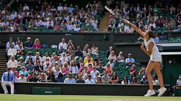 Everything is clear now!  We know both Wimbledon finalists.  A strong fight for services