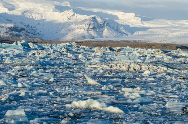 Islandia to kraj lodowców, gejzerów i elfów.