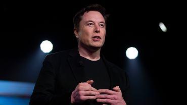 Elon Musk kupił bilet na lot samolotem rakietowym Virgin Galactic