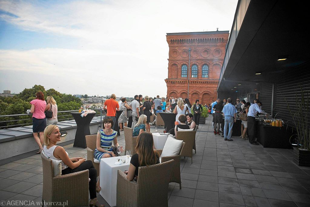 SkyFLY Bar w hotelu andel's / Fot. Tomasz StaA'czak / Agencja Gazeta