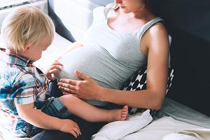 Drugi trymestr ciąży: rozwój dziecka, zdrowie mamy. Co powinno niepokoić?