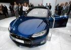Raport: kierowcy skarżą się na usterki aut Tesla Model S
