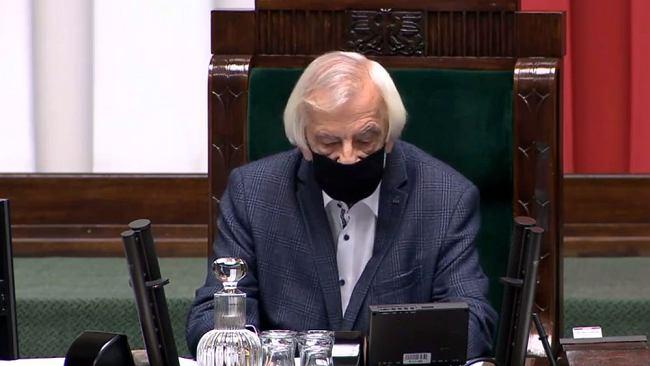 """Burza w Sejmie. Minister grzmi o """"politykierstwie"""". Opozycja: Terlecki zrugał KO za to, że śmiała wygrać głosowanie"""