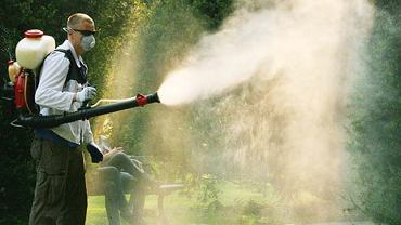 Opryski na komara i kleszcze