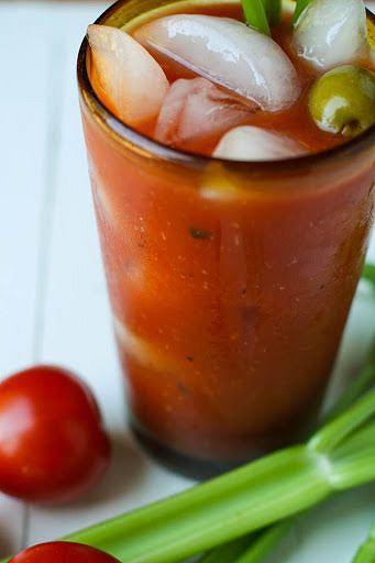 Krwawa Mery bez alkoholu to propozycja dla miłośników wytrawnych smaków.