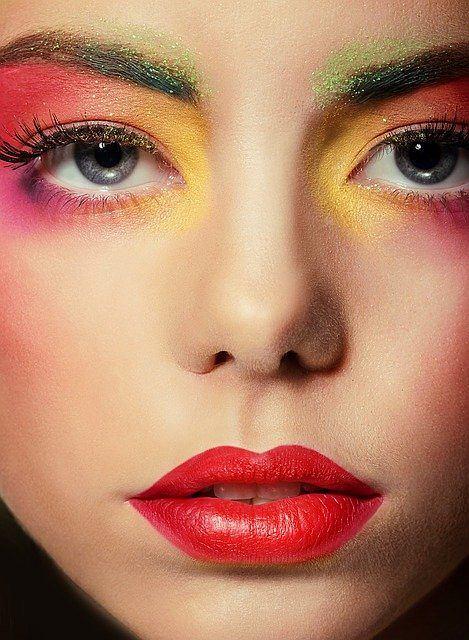 Andrzejkowy makijaż to doskonały sposób na (nie)codzienną odmianę