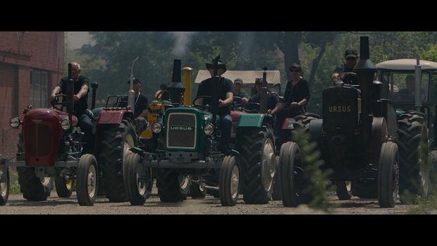 Kadr z filmu 'Symfonia Fabryki Ursus'