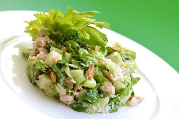 Surówka z selera naciowego - dobra na obiad i przyjęcie [PRZEPISY]