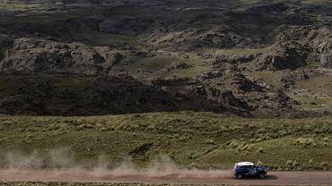 Krzysztof Hołowczyc na trasie Rajdu Dakar 2015