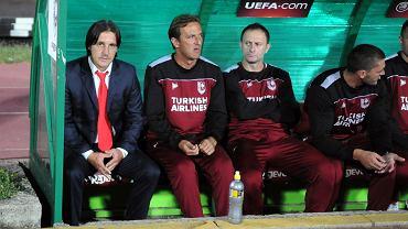 FK Sarajevo - Lech Poznań 0:2. Pierwszy z lewej Dżenan Uscuplić