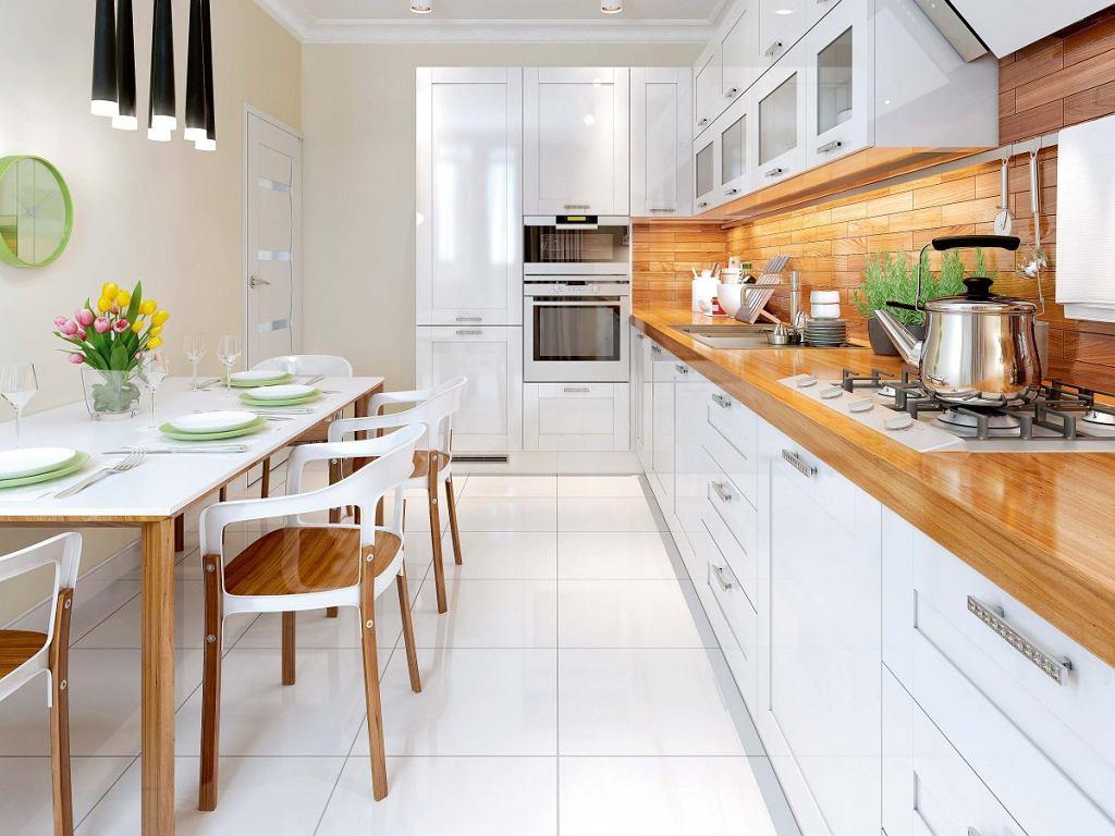 Płytki na podłodze w kuchni