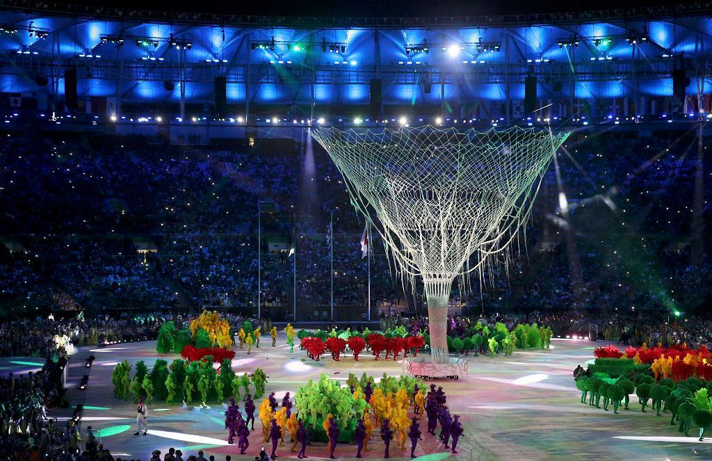 Ceremonia zamknięcia igrzysk olimpijskich w Rio de Janeiro. Znicz olimpijski zgasł, rozkwitło drzewo życia