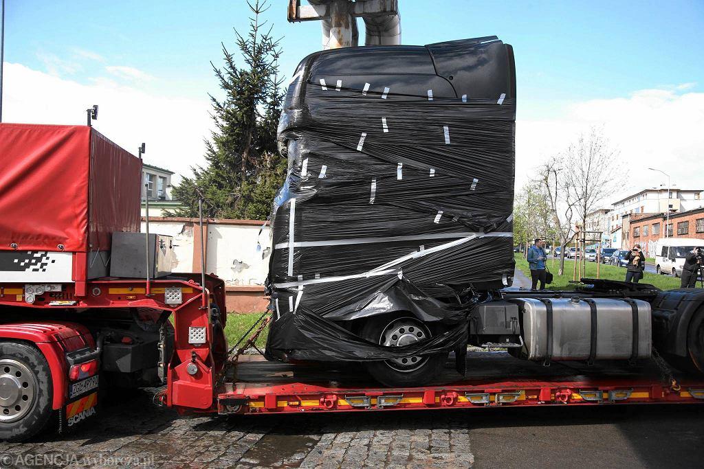 Ciężarówka wykorzystana do dokonania zamachu w Berlinie w czwartek została przywieziona do Szczecina