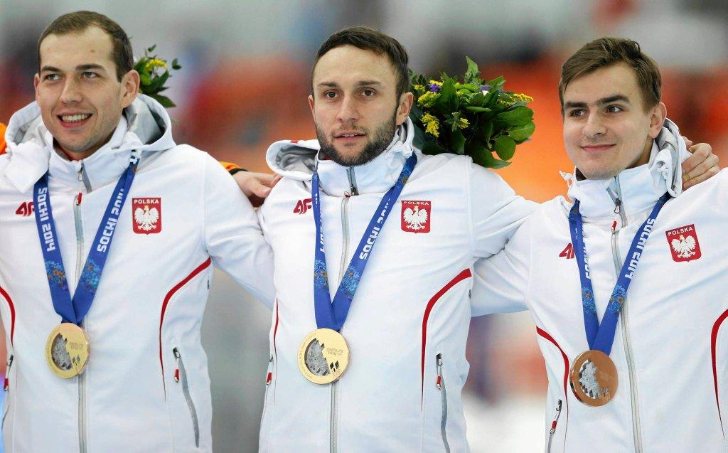 Zbigniew Bródka, Konrad Niedźwiedzki i Jan Szymański na podium