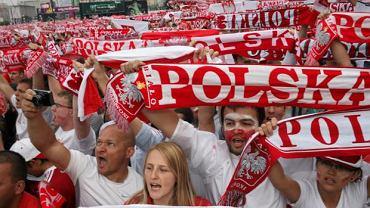 Strefa kibica w Warszawie podczas meczu inaugurującego Euro 2012