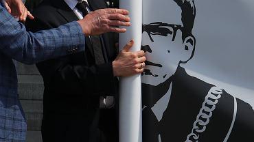 Protest w obronie sędziego Igora Tulei w Krakowie