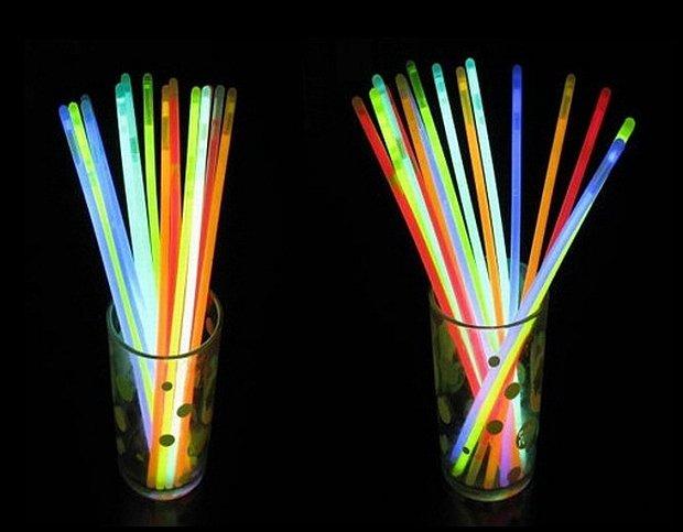 http://allegro.pl/fluorescencyjne-paleczki-imprezowe-kolorowe-100szt-i3895854024.html