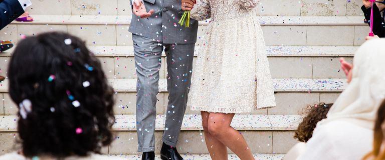 Raport: Większość młodych płaci za ślub i wesele od 41 do 60 tys. zł