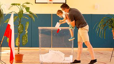 Wybory prezydenckie 2020 we Wrocławiu. Komisja przy ul. Dembowskiego