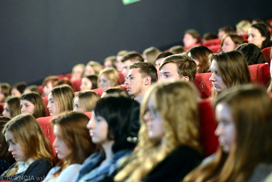 Obejrzyj swoje domowe produkcje filmowe na dużym ekranie!