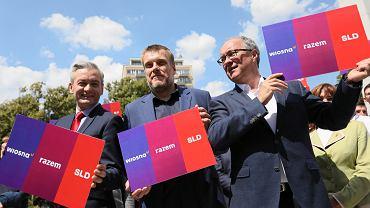 Wybory parlamentarne 2019. Od lewej: Robert Biedroń , Adrian Zandberg , Włodzimierz Czarzasty podczas konferencji prasowej dotyczącej powołania lewicowej koalicji