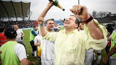 Radosław Osuch na stadionie w Bytomiu po ostatnim meczu w I lidze