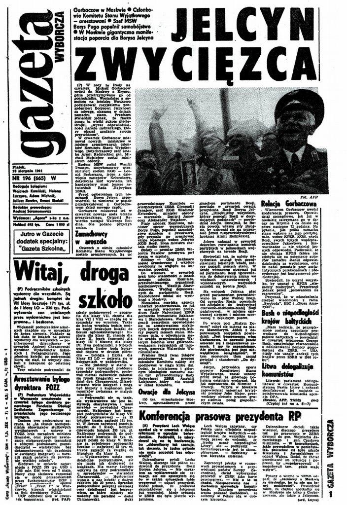 23 VIII 1991 - W ZSRR nieudany pucz Janajewa. W Moskwie  100 tysięcy osób wiwatowało na cześć Borysa Jelcyna.