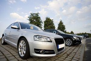 Prawie każda polska rodzina ma samochód. Ale 40 proc. z nich to stare auta