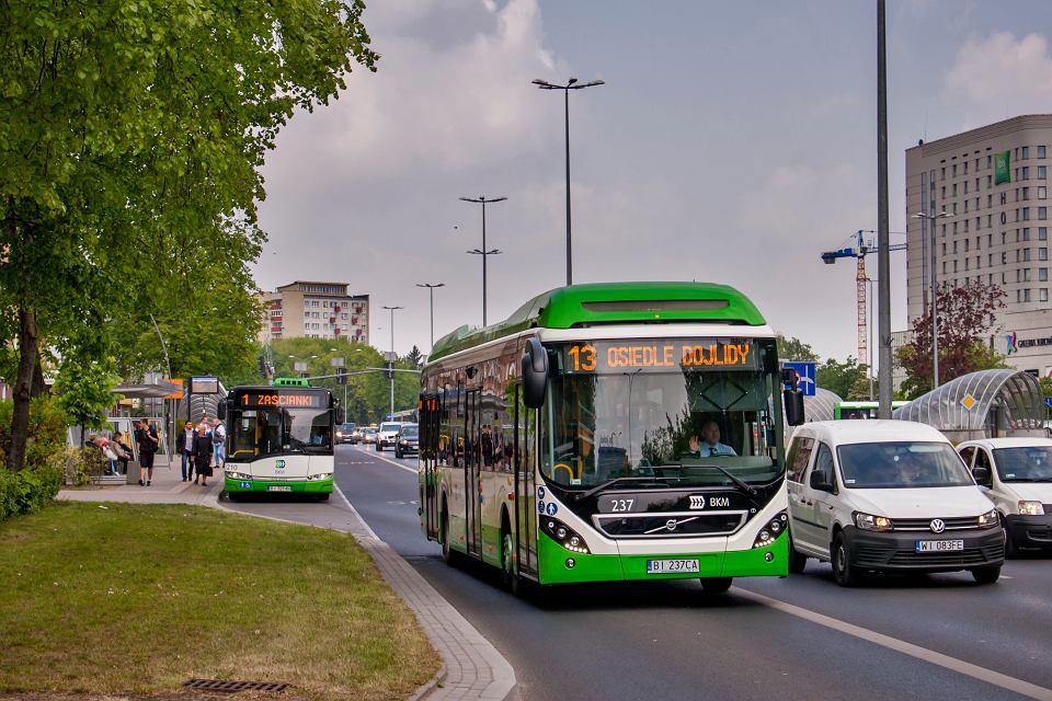 Nowe autobusy hybrydowe